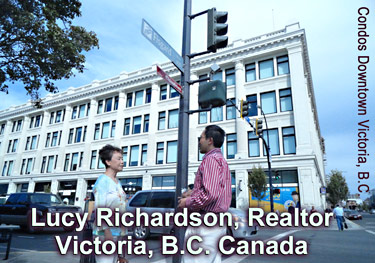 Lucy Richardson, fluent in Cantonese, Mandarin & English points out  downtown Victoria condo at THE HUDSON, 2 blocks from  Chinatown on Fisgard St  &nbsp;&#33521;&nbsp;&#35821; <strong>&middot;</strong>&nbsp;&#20013;&nbsp;&#25991;  <strong>&middot;</strong>&nbsp;&#26222;&nbsp;&#36890;&nbsp;&#35805;  <strong>&middot;</strong>  &#24291; &#26481; &#35441; CLICK FOR MORE INFO.